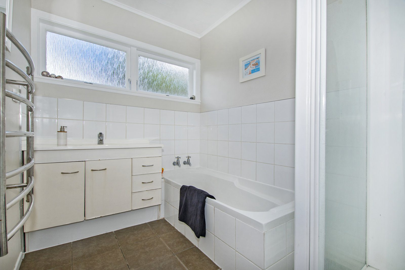 011_Open2view_ID492284-Clotworthy_St_22
